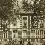 Hauts-de-France Pas de Calais Chateau de Moulin le Compte B&B zwartwitfoto herenhuis