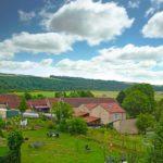Grand-Est Meuse L'Orchidee Sauvage B&B omgeving weids heuvellandschap vieuw
