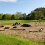 Auvergne Rhone-Alpes Allier camping trezelles speeltuin schommel zand en autobanden