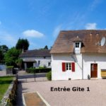 Allier Auvergne Rhone-Alpes gites huis entree