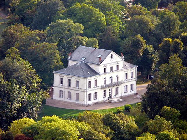 chambresdhotes zoeken-chateau-la-commanderie kasteel betekenis