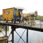 Charente Nouvelle Aquitaine pipowagen brug paarden