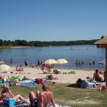 Charente Nouvelle Aquitaine uitje meer met strandje recreatie